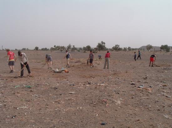 La propreté des environs du village est la responsabilité de tous !