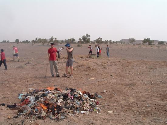 Dans un chantier de protection de l'envirronnement à Boudib !